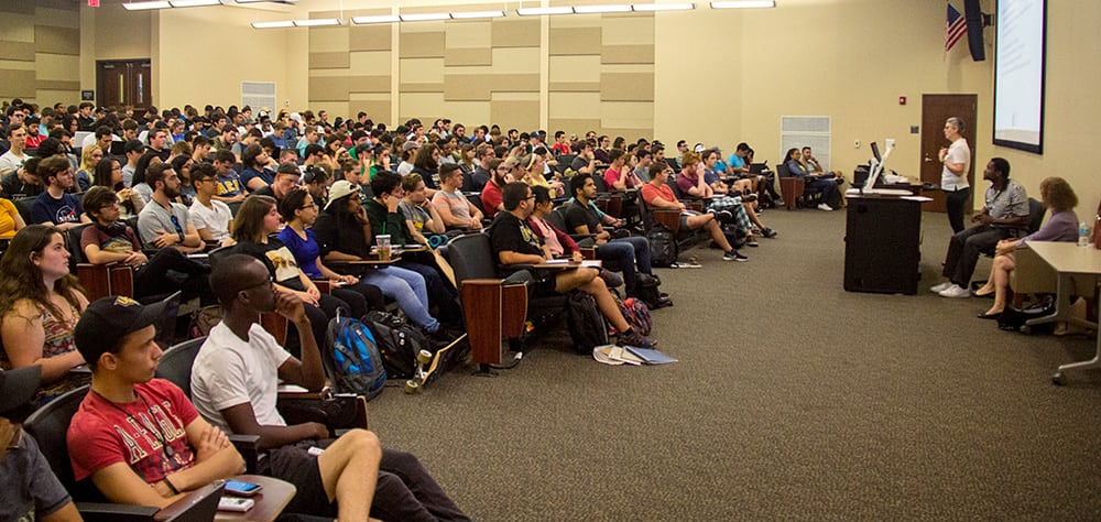 FBPE Executive Director Zana Raybon discusses licensure with engineering students at the University of Central Florida.
